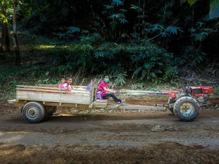 Motoculteur de transport en commun